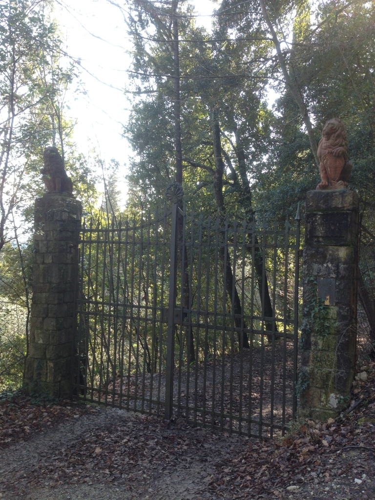 The Lion gate at Montioni.