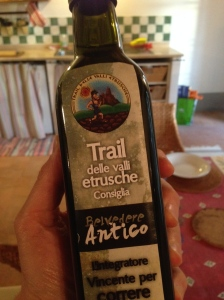 Olive oil recommended by the Trail delle Valli Etrusche.