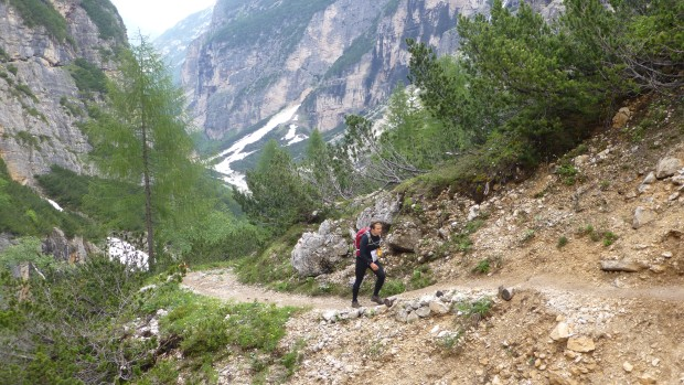 Climbing up through the entrance to Val Travenanzes.
